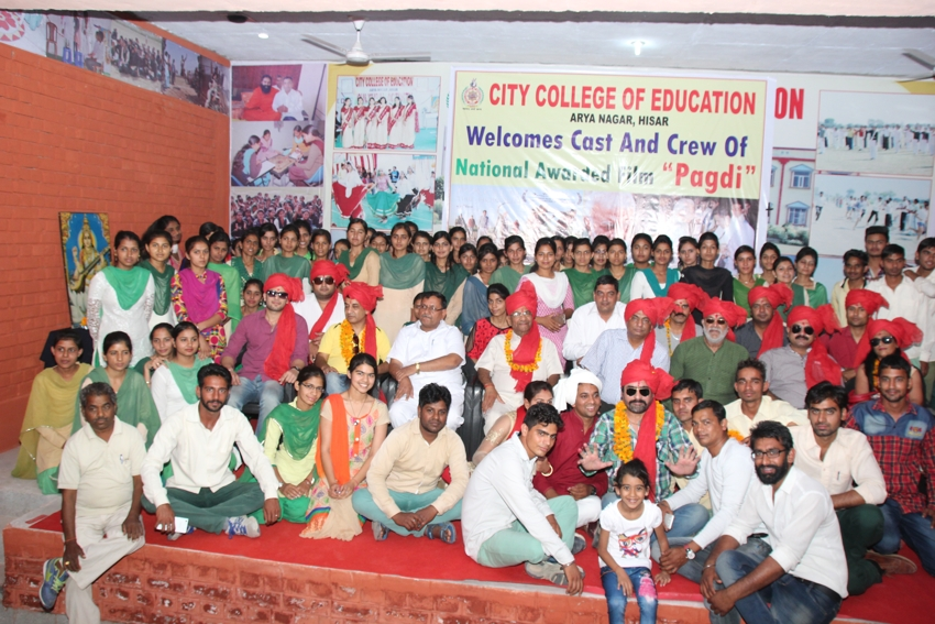 "Students & Staff with the Cast & Crew of National Awarded Haryanvi film ""Pagri"""